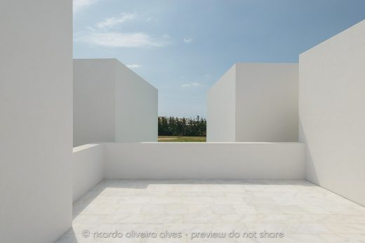 Between Two White Walls