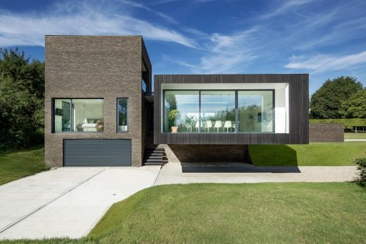 luxury house in Kent | www.e-architect.co.uk