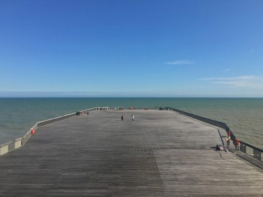 Hasting Pier renewal | www.e-architect.com