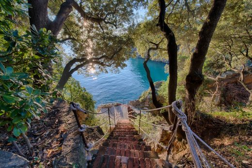 Luxury villa for sale in Lerici by the sea