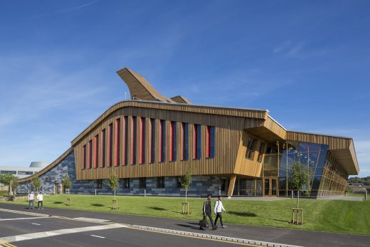 GlaxoSmithKline Carbon Neutral Laboratory for Sustainable Chemistry Building | www.e-architect.co.uk