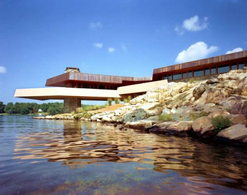 New York island house by Frank Lloyd Wright architect