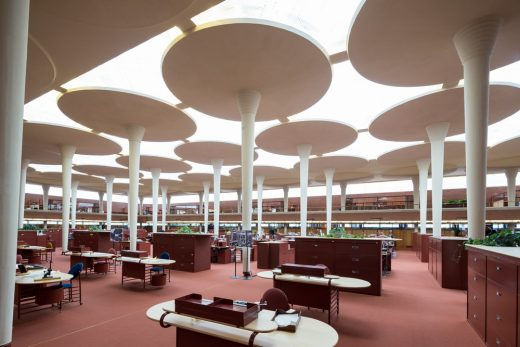 SC Johnson Headquarters Building by FLW in Racine  | www.e-architect.com