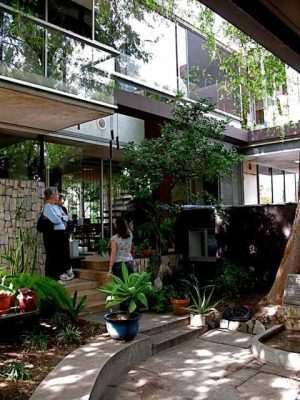 Richard and Dion Neutra VDL Studio/residences