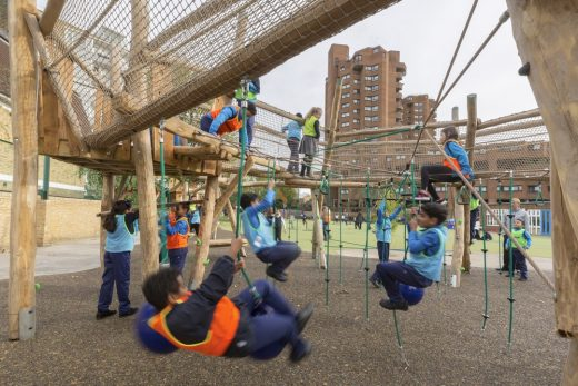 Ashburnham Primary School-playground in West London