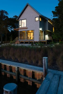 Home on the Intracoastal Waterway in Rehoboth