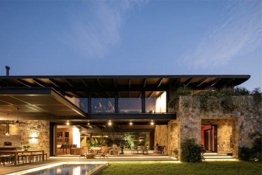 Contemporary Guadalajara home