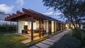 Diffuse Borders Residence