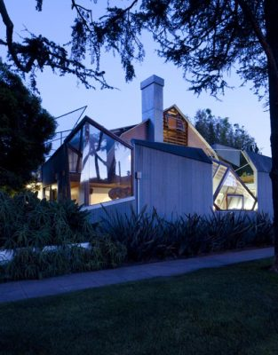 The Gehry Residence - House in Santa Monica