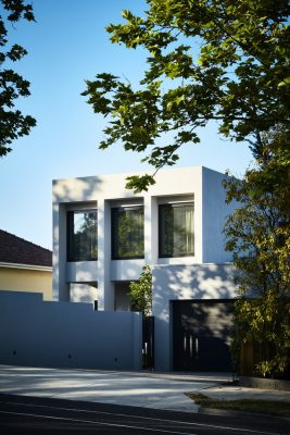 Contemporary House in Victoria by Bryant Alsop, architects
