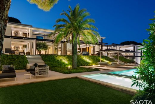 St Tropez Villa - French Houses