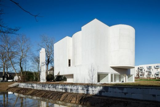 Church of Saint Jacques de La Lande - Architecture News