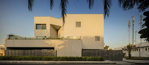 Nirvana Home in Kuwait by AGi architects