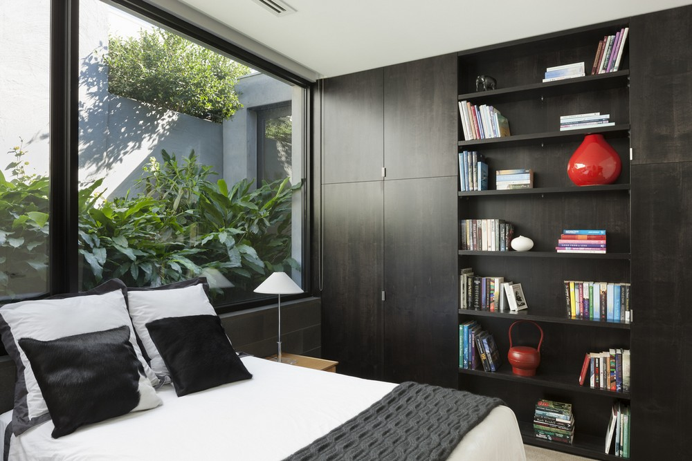 Toorak courtyard house in melbourne 8 e architect for Courtyard designs melbourne