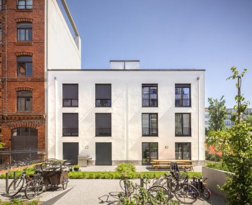 Arcs and Squares Housing in Berlin