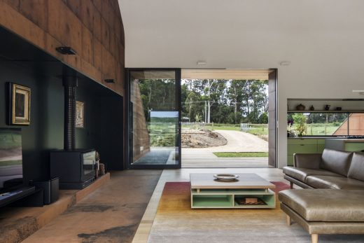 Tucks Ridge House - Contemporary Balnarring Home