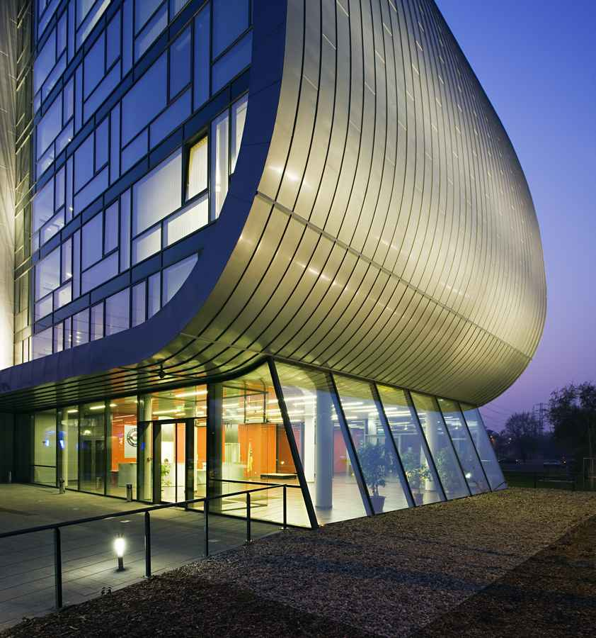budapest hungarian architecture architect building headquarters europe tours buildings hungary architects liget architectural european competition walking bujnovszky tamas headquarter lukacs
