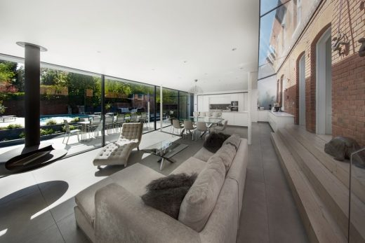Contemporary Luxury Home in Southern England designed by AR Design Studio
