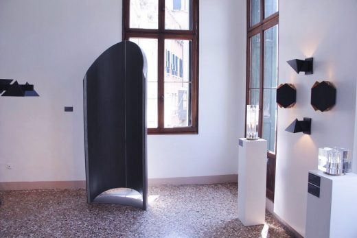 Traveling Mihrab by Jassim AlNashmi at Venice Design 2018