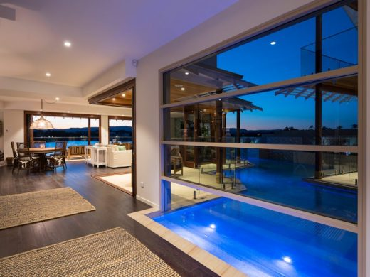 Clear Water Bay Avenue Home by Superdraft in Gold Coast, Queensland