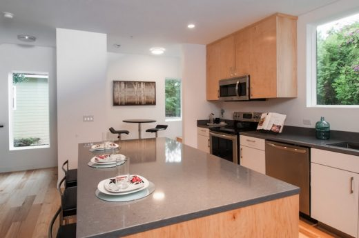 Francis Park Townhomes in Orlando