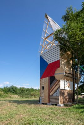 Project vertical cabin by H3T architekti