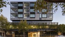Evelyn Apartments in Melbourne