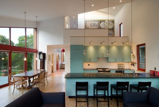 Seattle residence by Stettler Design and Paul Michael Davis Architects