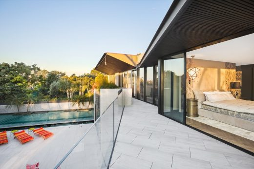 New House in Sydney by Geoform Design Architects