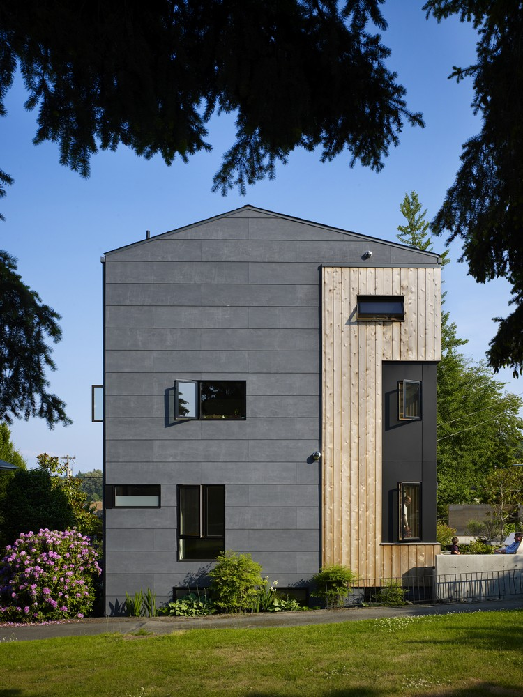 Lobster Boat House in Seattle - e-architect