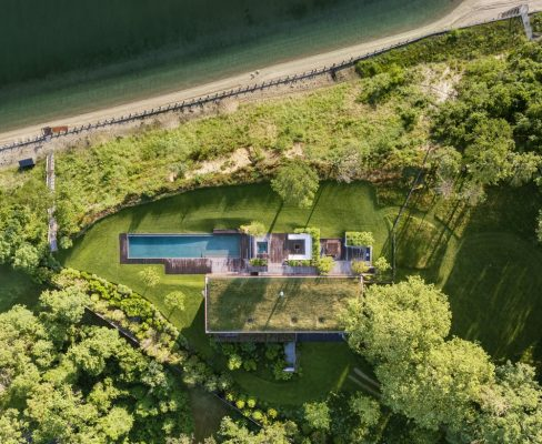 Peconic House in Hampton Bays