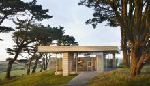 Secular Retreat - The Long House: Peter Zumthor home in Devon