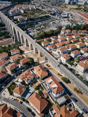 Houses in Calçada dos Mestres, Lisbon