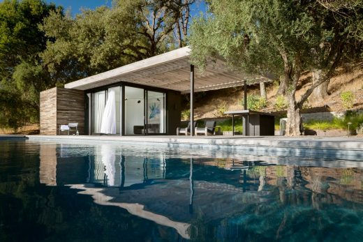 Dry Creek Poolhouse in Geyserville