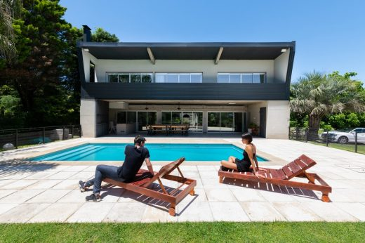 GZ Weekend House in Guernica Buenos Aires