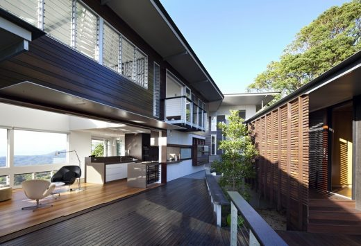 Glass House Mountains Queensland home design by Bark Design Architects