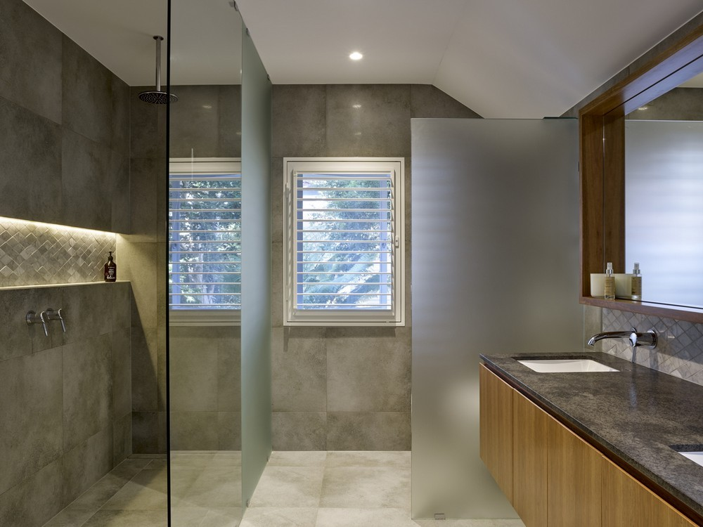 Indooroopilly House in Brisbane, Queensland - e-architect