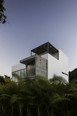Morelos Pool House design by Aflo+ Architects