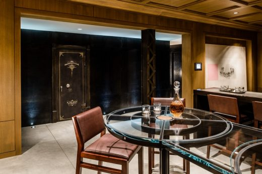 Italianate Residence Refurbishment in Capitol Hill by Stuart Silk Architects drinks room