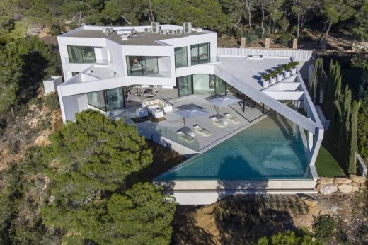 Contemporary Luxury house in Ibiza