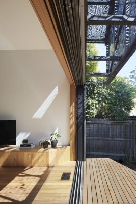 House in Ivanhoe Melbourne by Julie Firkin Architects
