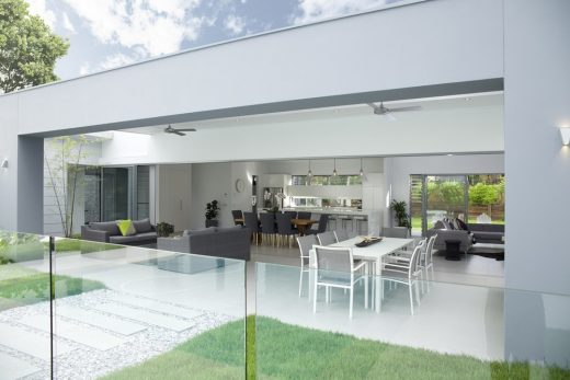 QLD hpme by Sarah Waller Architecture