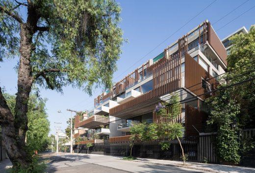 Seis Apartment Building Santiago