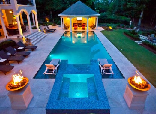 Designing the Perfect Custom Fiberglass Pool for Your Home