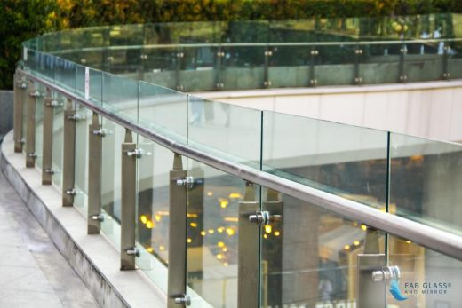 Types of Contemporary Glass Railing Use in Buildings Advice