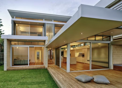 Beachside Sanctuary House in Mona Vale