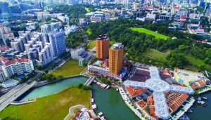 Singapores Liang Court Towers