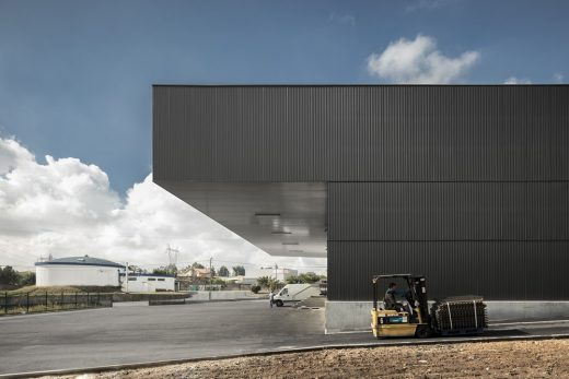 Contemporary Aveiro Warehouse Project in Portugal design by atelier Nu.ma