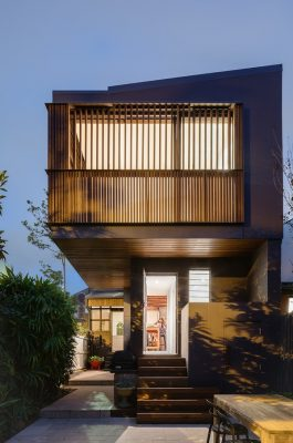 Balcony House Newtown Sydney by Bastian Architecture