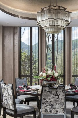 Chinese dining room design by Shanhejinyuan Art Design